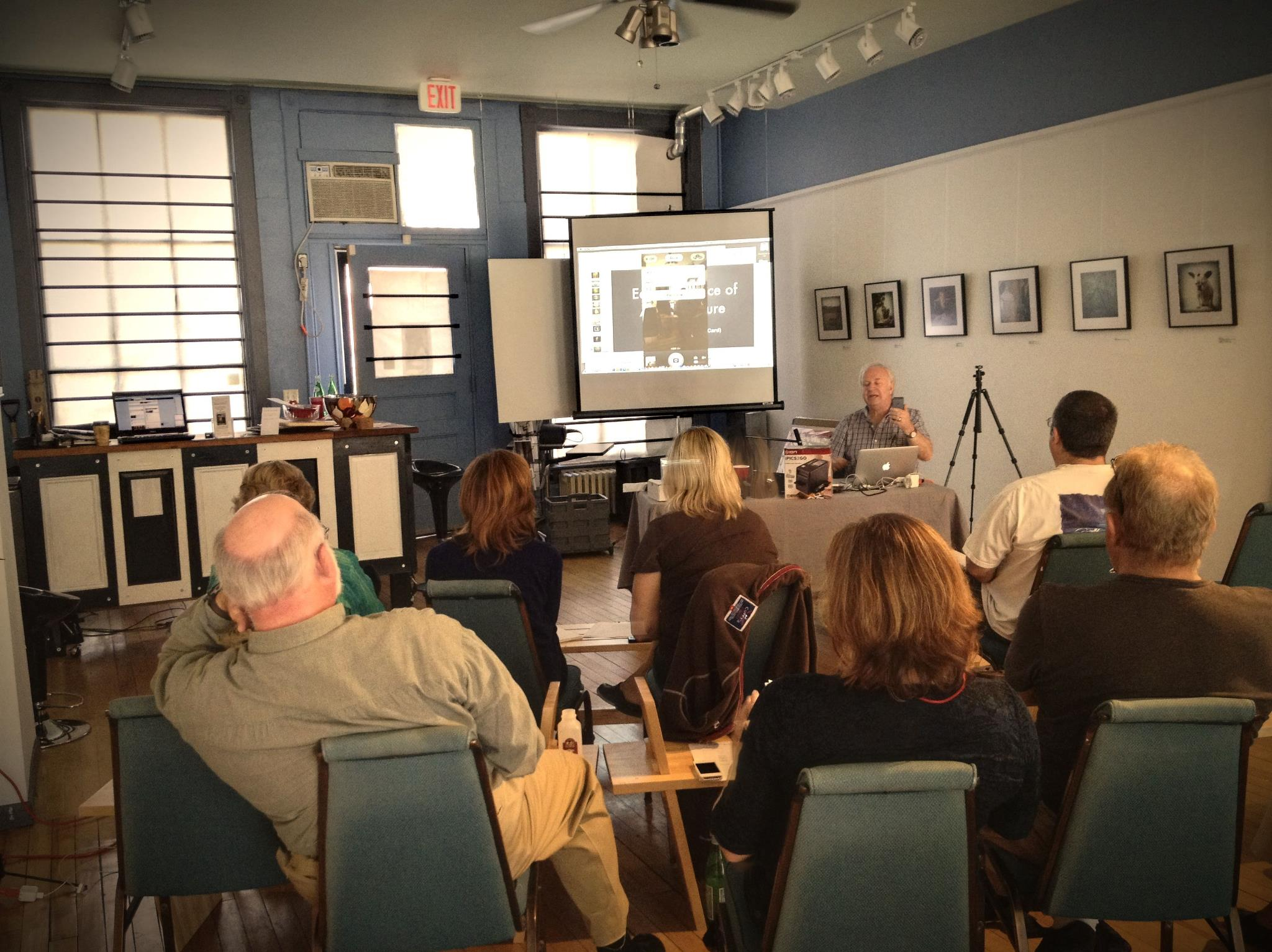 Dan Burkholder talks at iPhone Photography Seminar